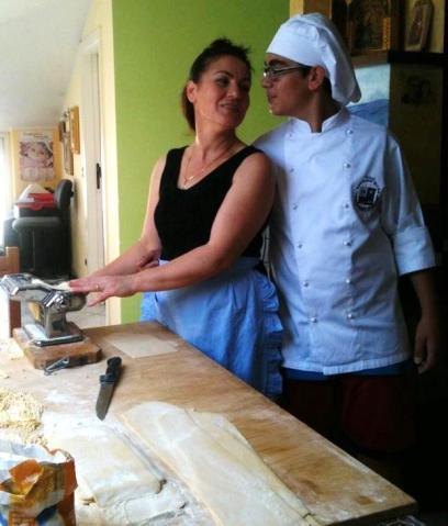 mentre faccio la pasta con mio figlio Cesare
