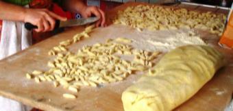 mentre preparo gli gnocchi di patate