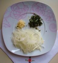 cipolla\aglio\rosmarino, ingredienti per il - Pollo casareccio con verdure di stagione.